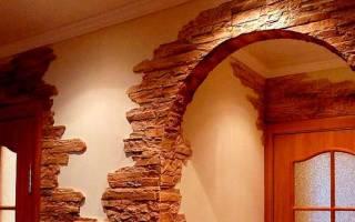 Как выложить декоративным камнем входную дверь?