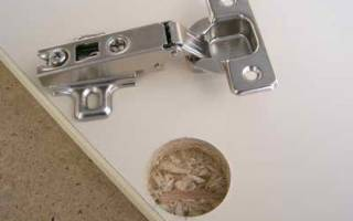 Как установить петли на кухонные фасады?