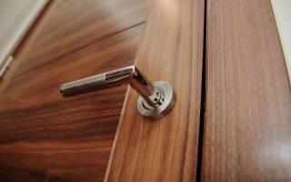 Что означает шпонированные двери?
