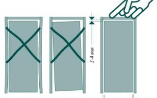 Как убрать щели во входной двери?