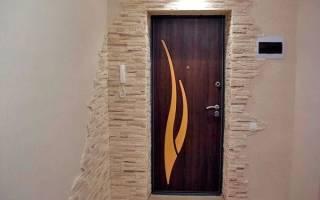 Как обшить откосы входной двери?