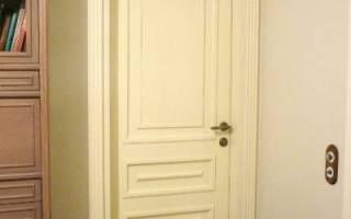 Как покрасить сосновую дверь?