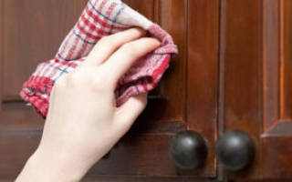 Как почистить кухонные шкафы от жира