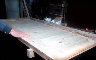 Как сделать простую деревянную дверь?