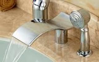 Как установить смеситель на борт акриловой ванны