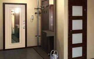 Как заменить зеркало входной двери?