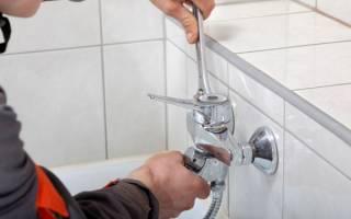 Как прикрутить кран в ванной