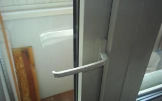 Почему не открывается балконная дверь?