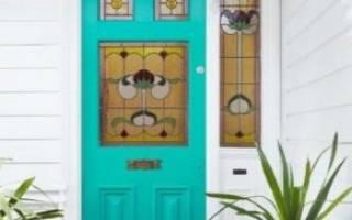 Как отделать пороги входной двери?