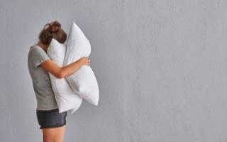 Из чего делают подушки для дивана?