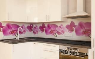 Из какого стекла делают фартук для кухни?