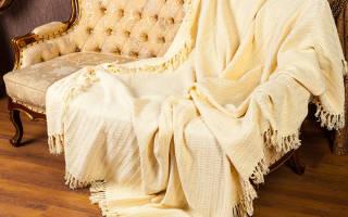 Из какой ткани сшить покрывало на диван?