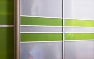Сколько дверей делать в шкафу купе?