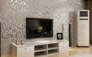 Оформление стены за телевизором в гостиной