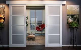 Как монтируется раздвижная дверь?